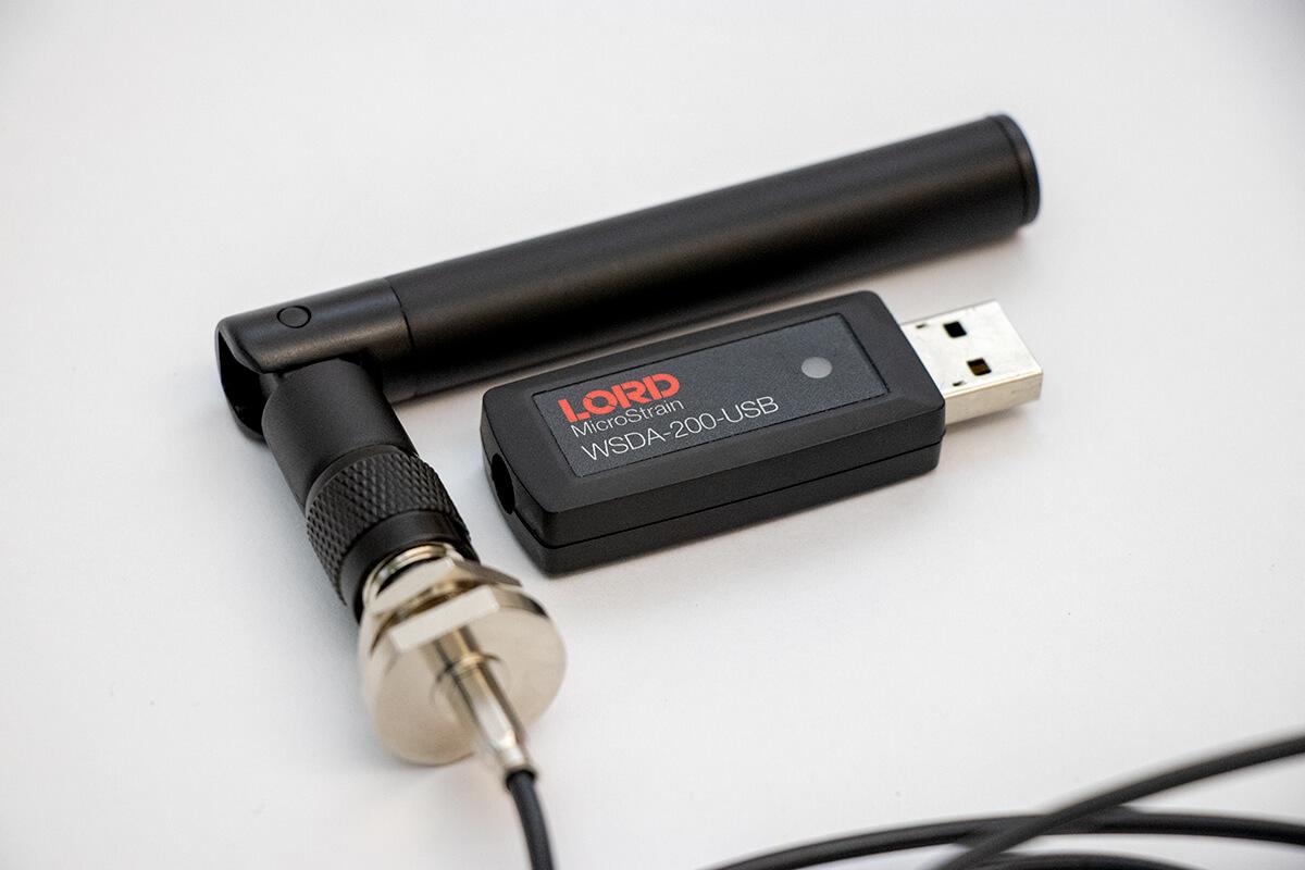 WSDA-200-USB - external antenna option